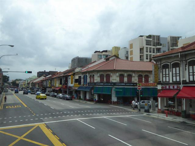 http://www.gandjlawrence.co.uk/photos/malaysia/Bill/P1060603_Large_.jpg
