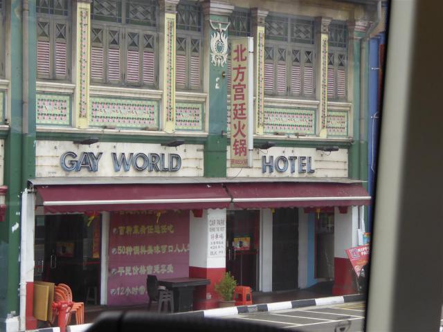 http://www.gandjlawrence.co.uk/photos/malaysia/Bill/P1060608_Large_.jpg